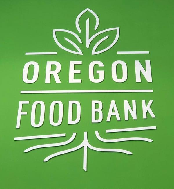 Hanzo-Helps-Oregon-Food-Bank_3068