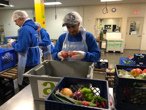 Inspecting-produce-at-Oregon-Food-Bank-Hanzo-Helps_4311