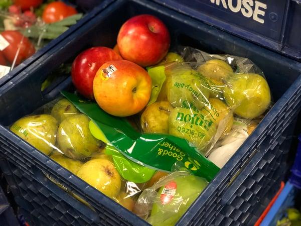 Produce-oregon-food-bank-hanzo-helps_4316